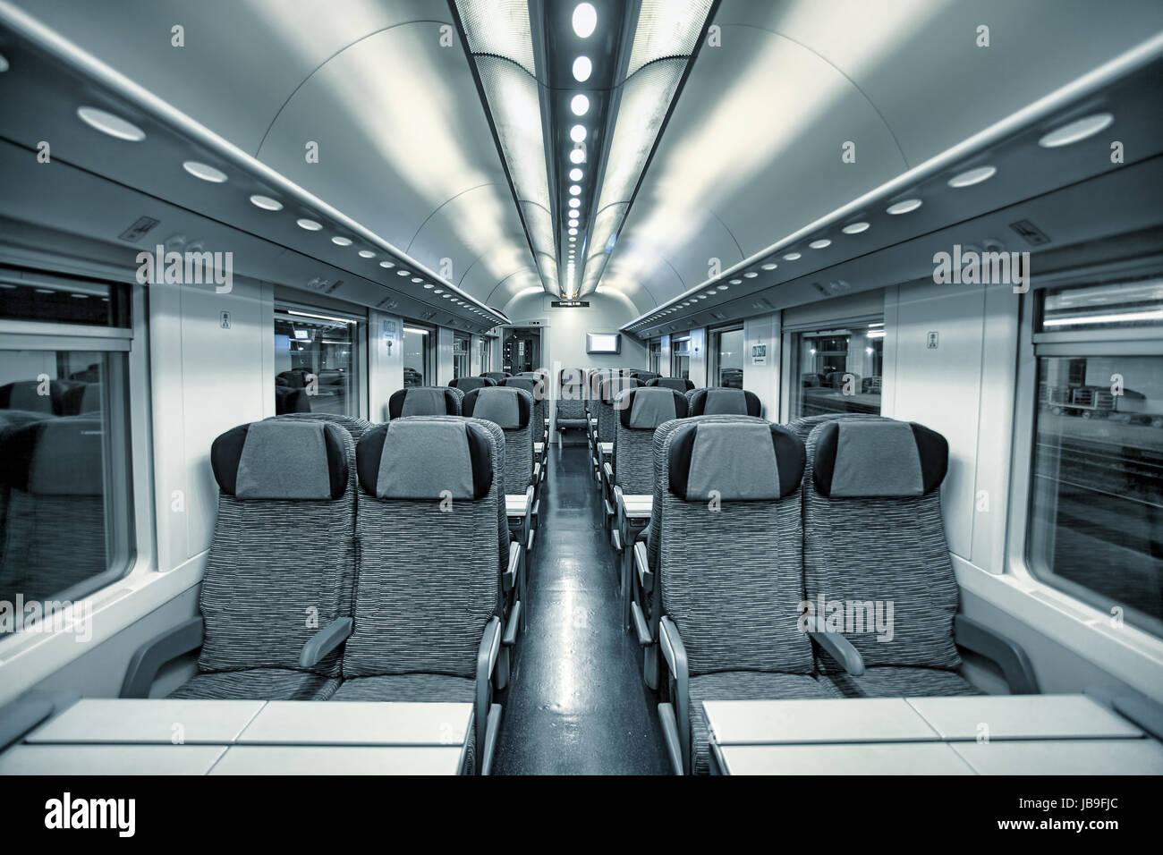 Intercity Coach Stock Photos & Intercity Coach Stock Images - Alamy