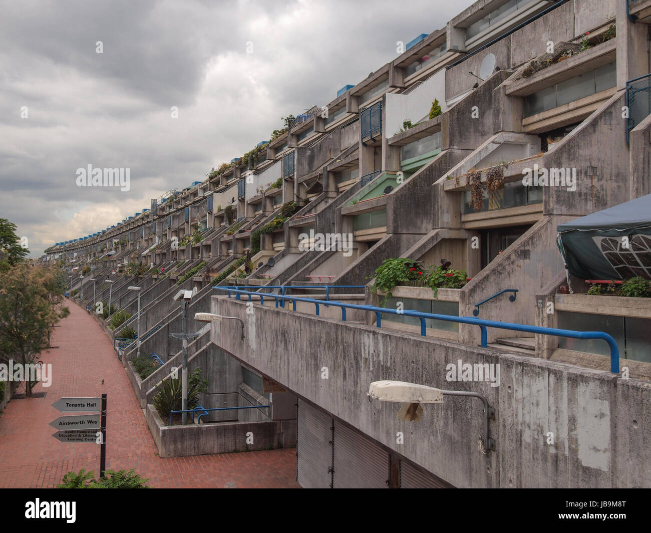 LONDON, ENGLAND, UK - JUNE 20, 2011: The Alexandra Road estate designed in 1968 by Neave Brown applies the terraced Stock Photo