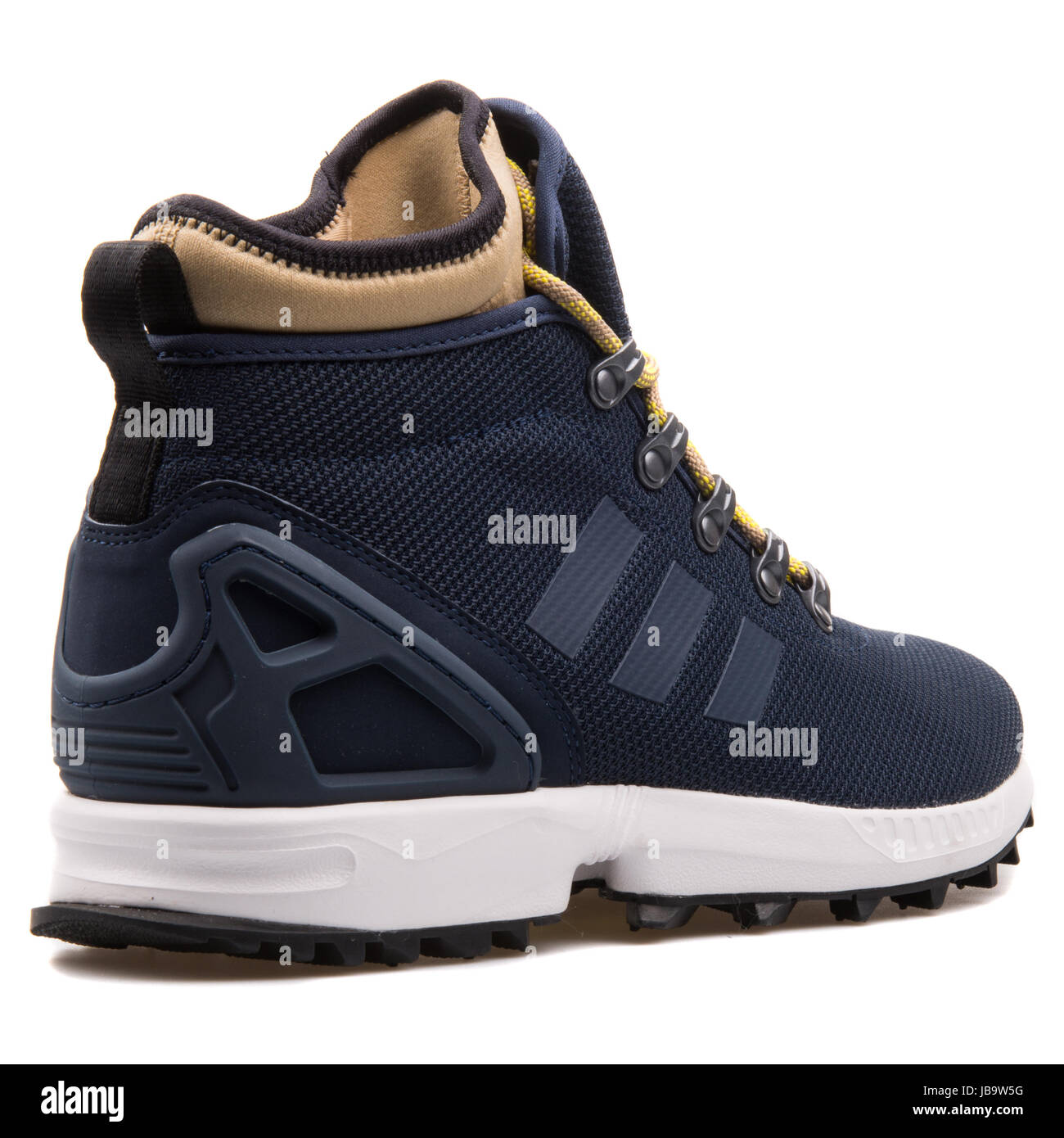 official photos 5fdb6 eaa74 Adidas ZX Flux Winter Navy Blue Men's Sports Shoes - S82932 ...