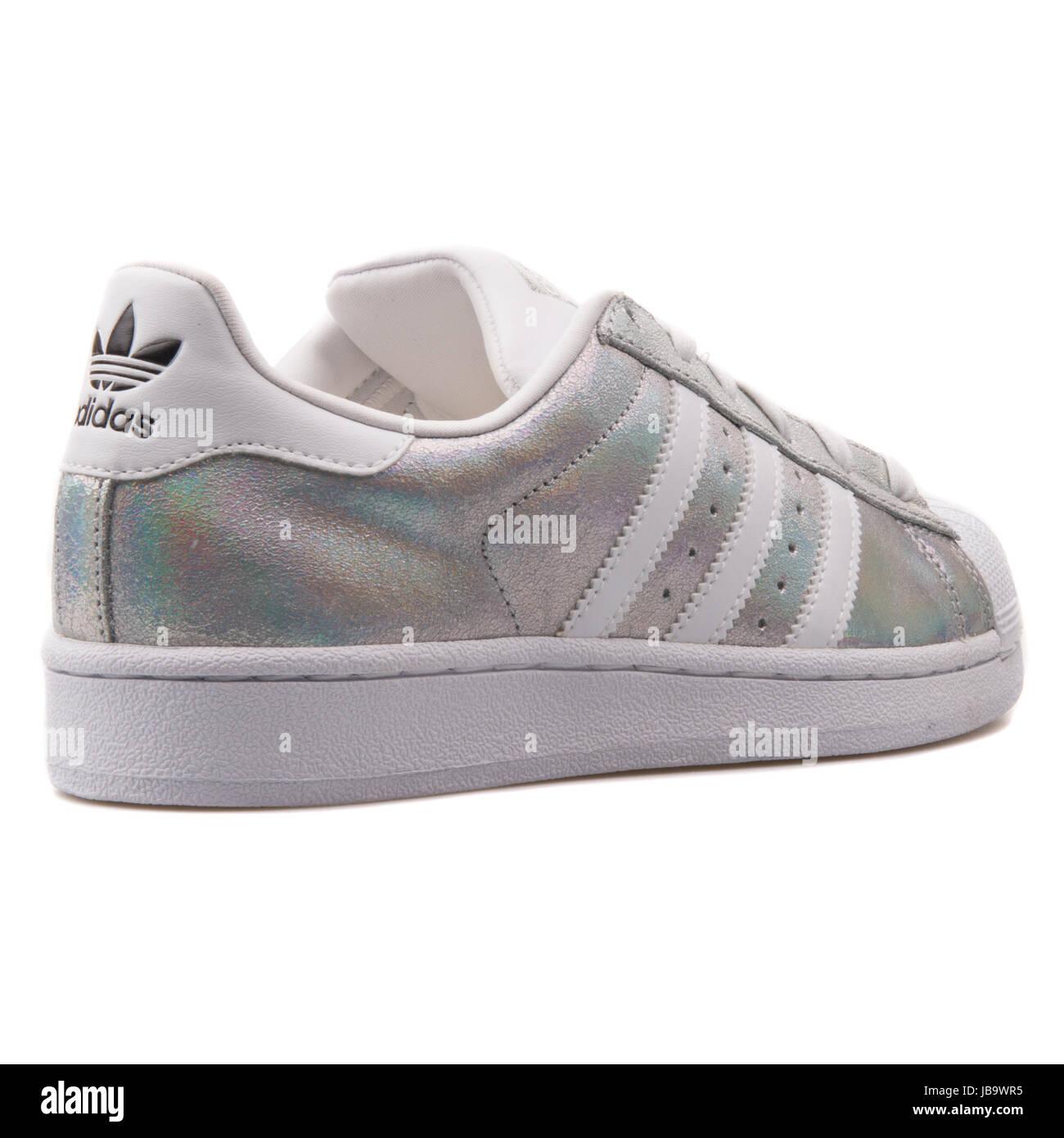 buy popular f844a 9a586 Adidas Superstar W Hologram Iridescent Women's Shoes ...
