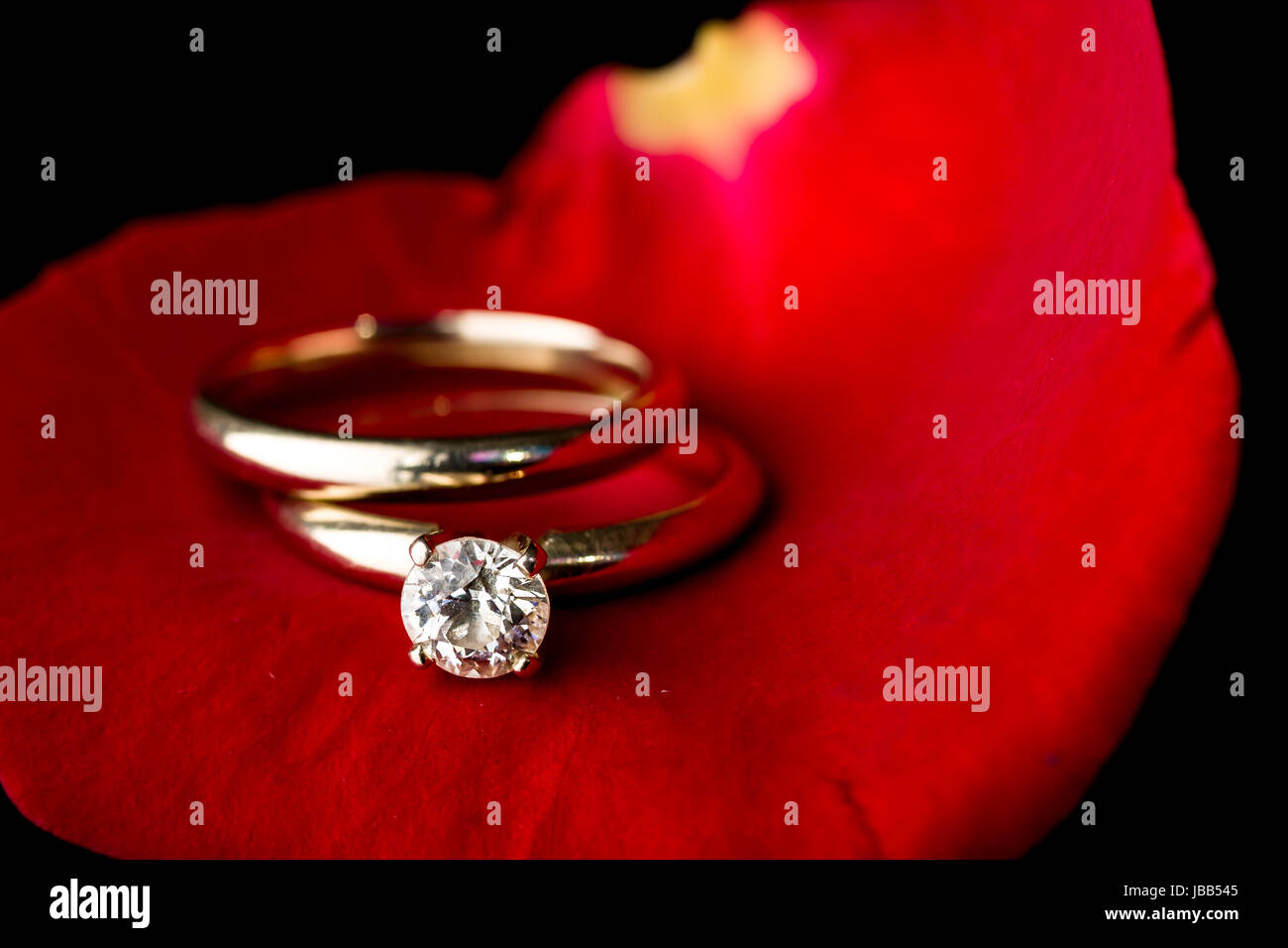 The Perfect Valentine S Day Gift An Engagement Ring On A Red Rose