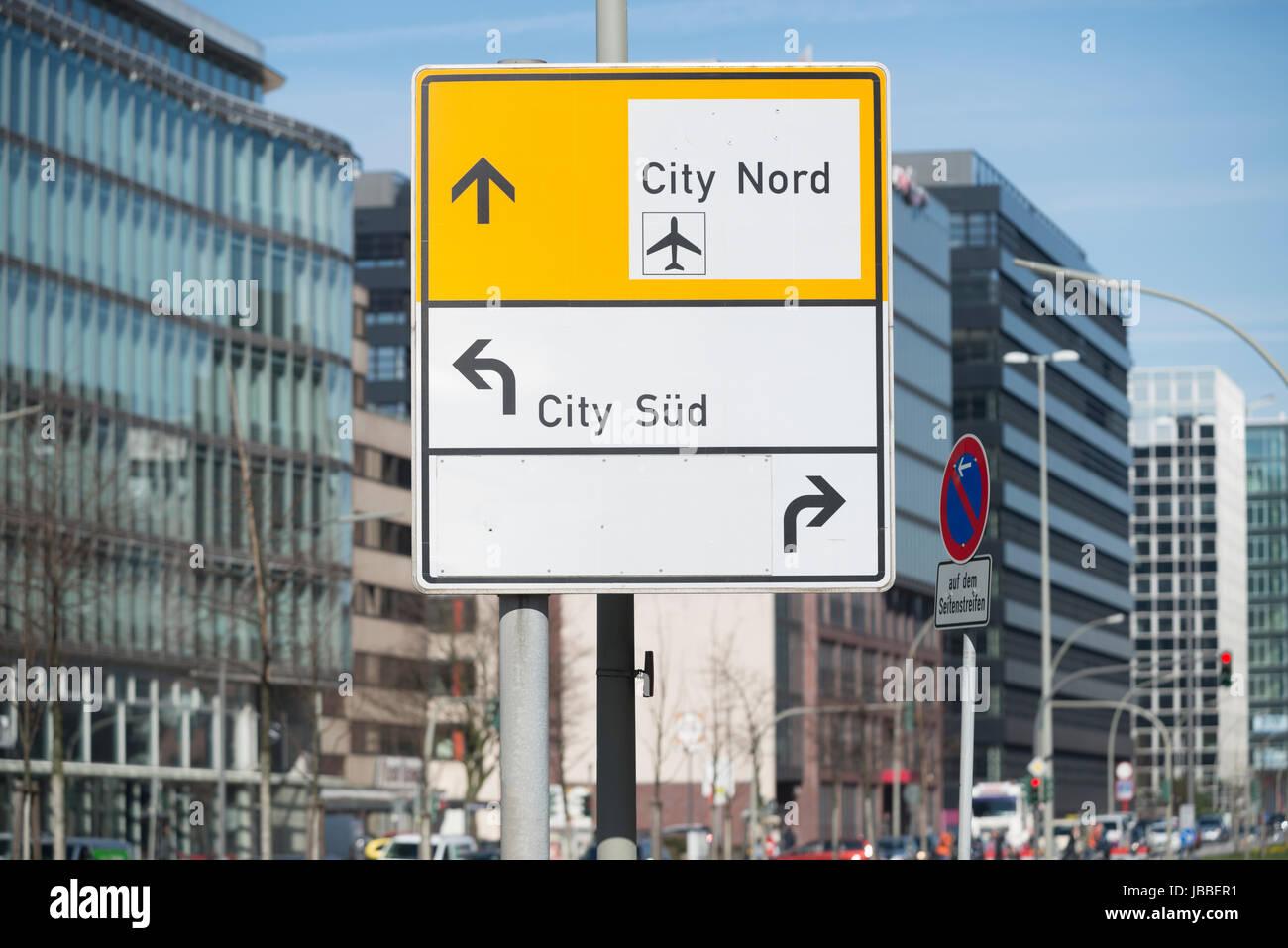 Verkehrszeichen in Hamburg, Deutschland - Stock Image