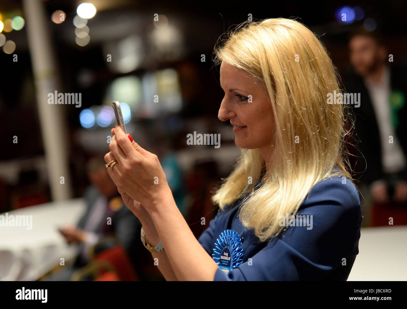 General Election 2017, Thanet North and South. Kati Mackinlay records the moment that Craig Mackinlay wins Thanet - Stock Image