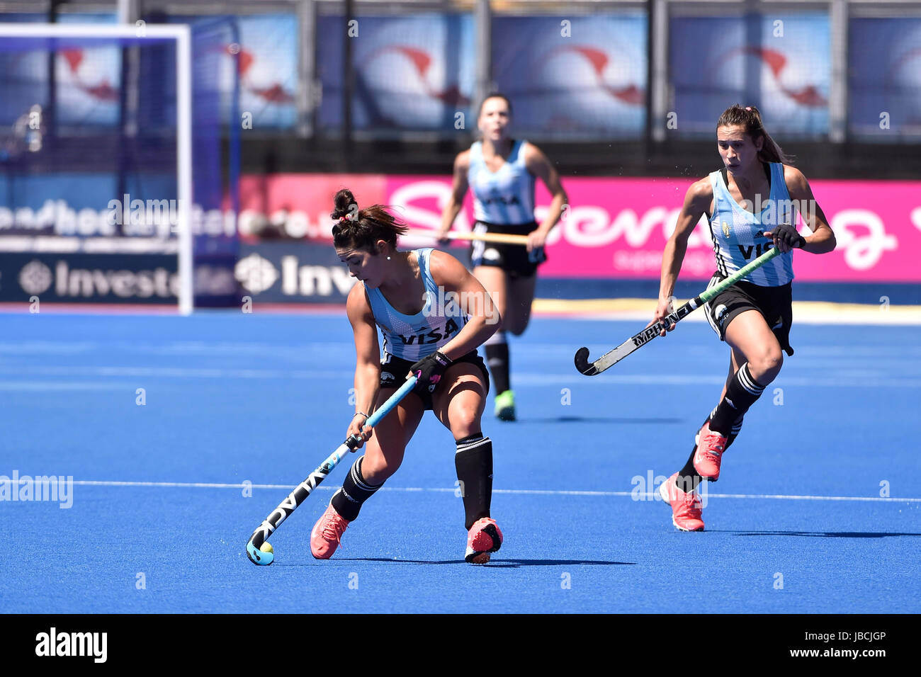 LONDON ENGLAND - June 10, 2017: Maria Granatto ties passing the ball to her team mate during 2017 Investec International - Stock Image