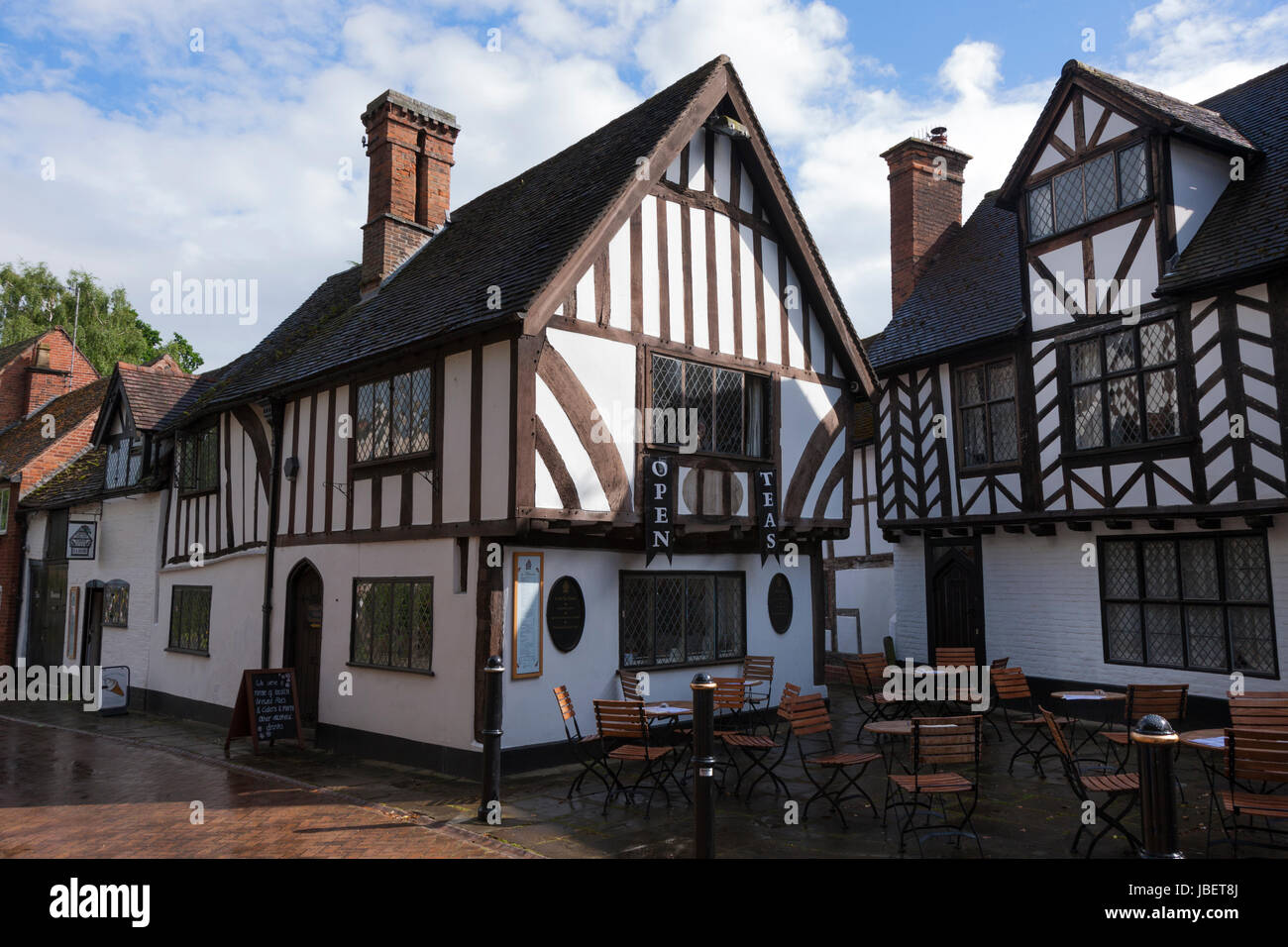 Thomas Oken Tea Rooms in the historic town of Warwick, situated next to Warwick Castle. (88) Stock Photo