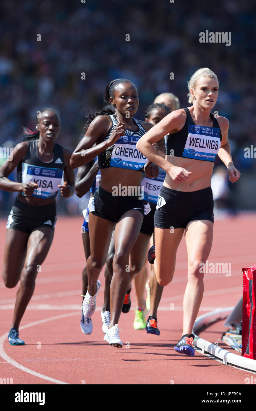 Eloise WELLINGS, Mercy CHERONO, competing in the 5000m Women's  at the 2016 IAAF Diamond League, Alexander Stadium, - Stock Image