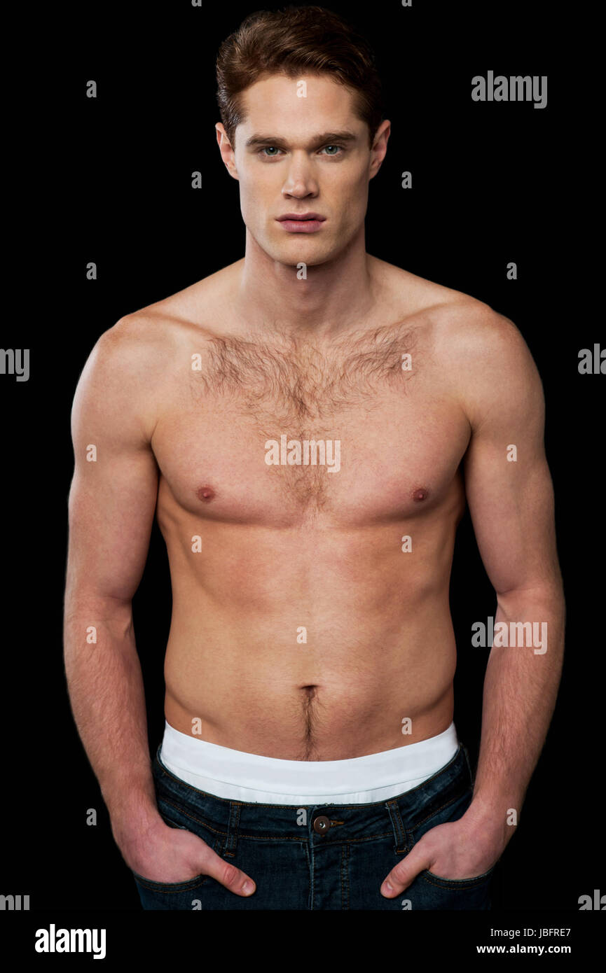 Shirtless male model with muscular body Stock Photo: 144791871 - Alamy