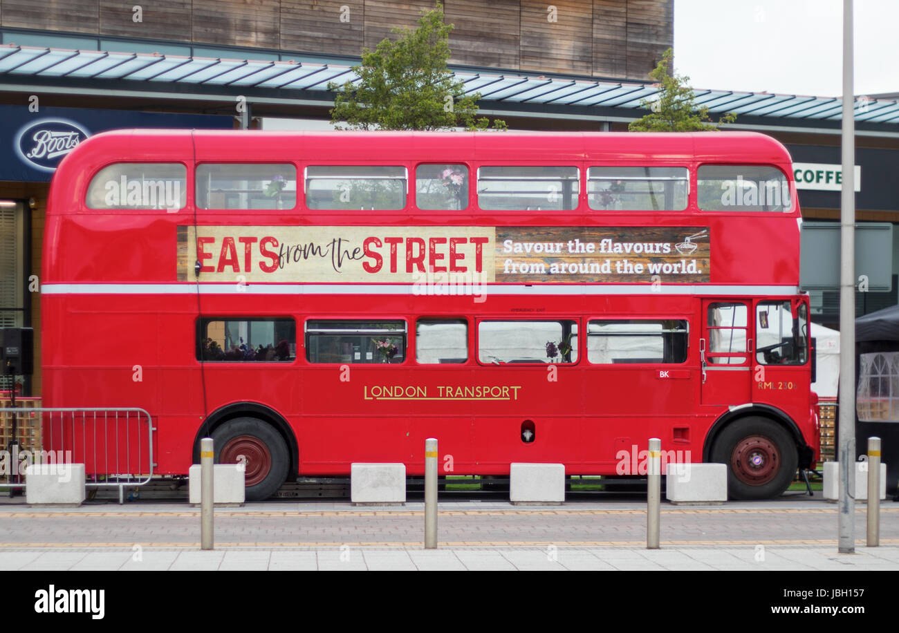 SWINDON UK - JUNE 10, 2017: Eats from the Street London Bus at the Orbital Shopping Park in Swindon, Wiltshire, - Stock Image