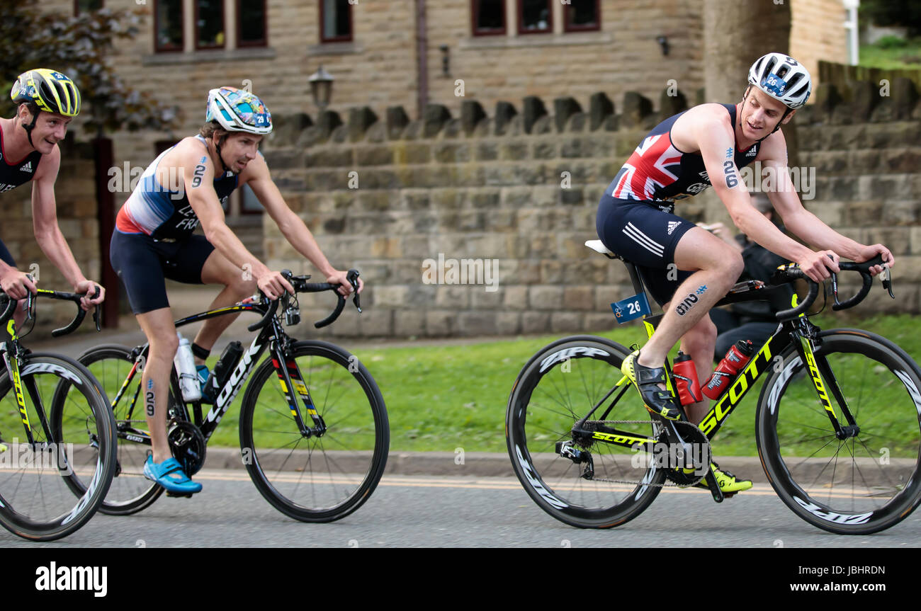 Brownlea brothers at ITU World Triathlon Championships, Leeds, West Yorkshire. 11th June 2017. Brothers Alistair - Stock Image