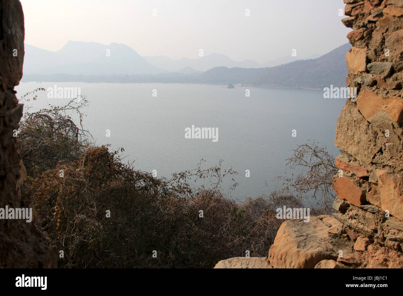 View of hills and Lake Fateh Sagar from Moti Magri Hill near Pratap Smarak in Udaipur, Gujarat, India, Asia - Stock Image