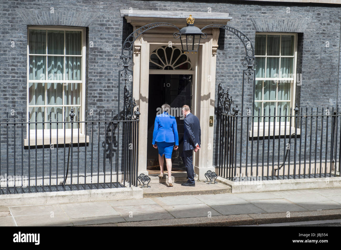 Downing Street, London, UK. 9th June, 2017. PM Theresa May announces formation of a government with the help of - Stock Image