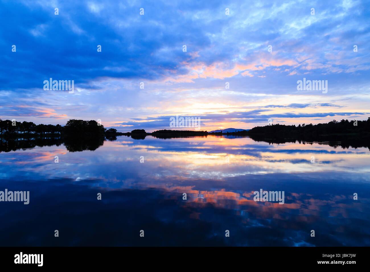 Sunset at Monikie Reservoir, Angus - Stock Image