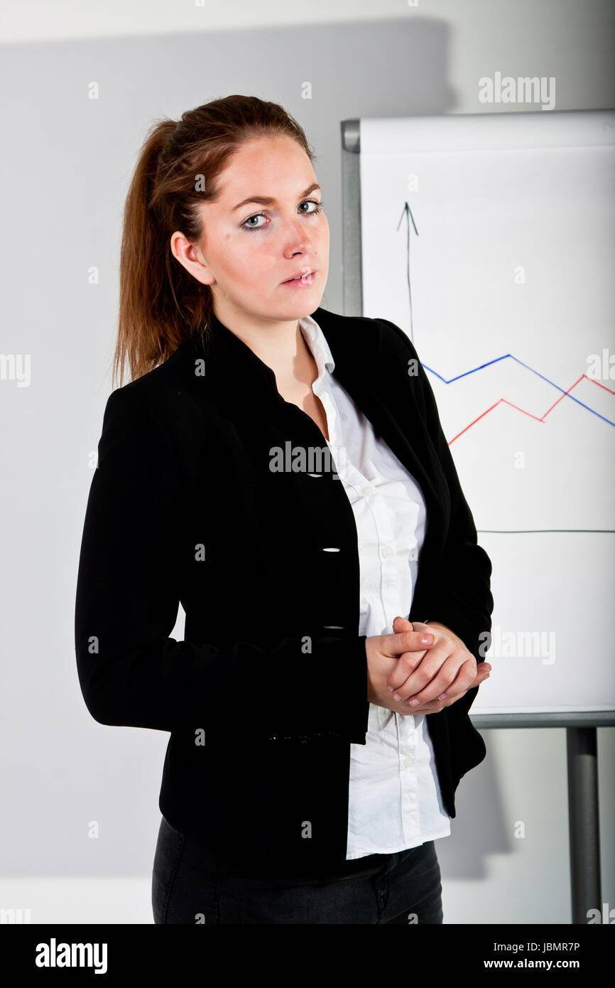 instruction businesswoman training karrierefrau präsentation vortrag whiteboard Stock Photo