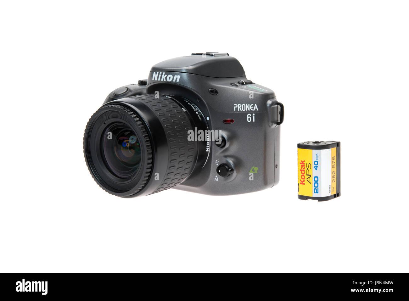 Nikon PRONEA 6i (600i) with IX-Nikkor lens APS film SLR camera released 1996 and Kodak Advantix APS film - Stock Image