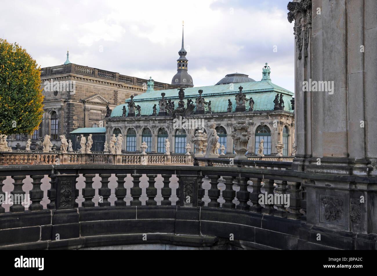 Zwinger dresden dresdner zwinger sachsen barock festung stock photo 144935012 alamy - Dresden architektur ...