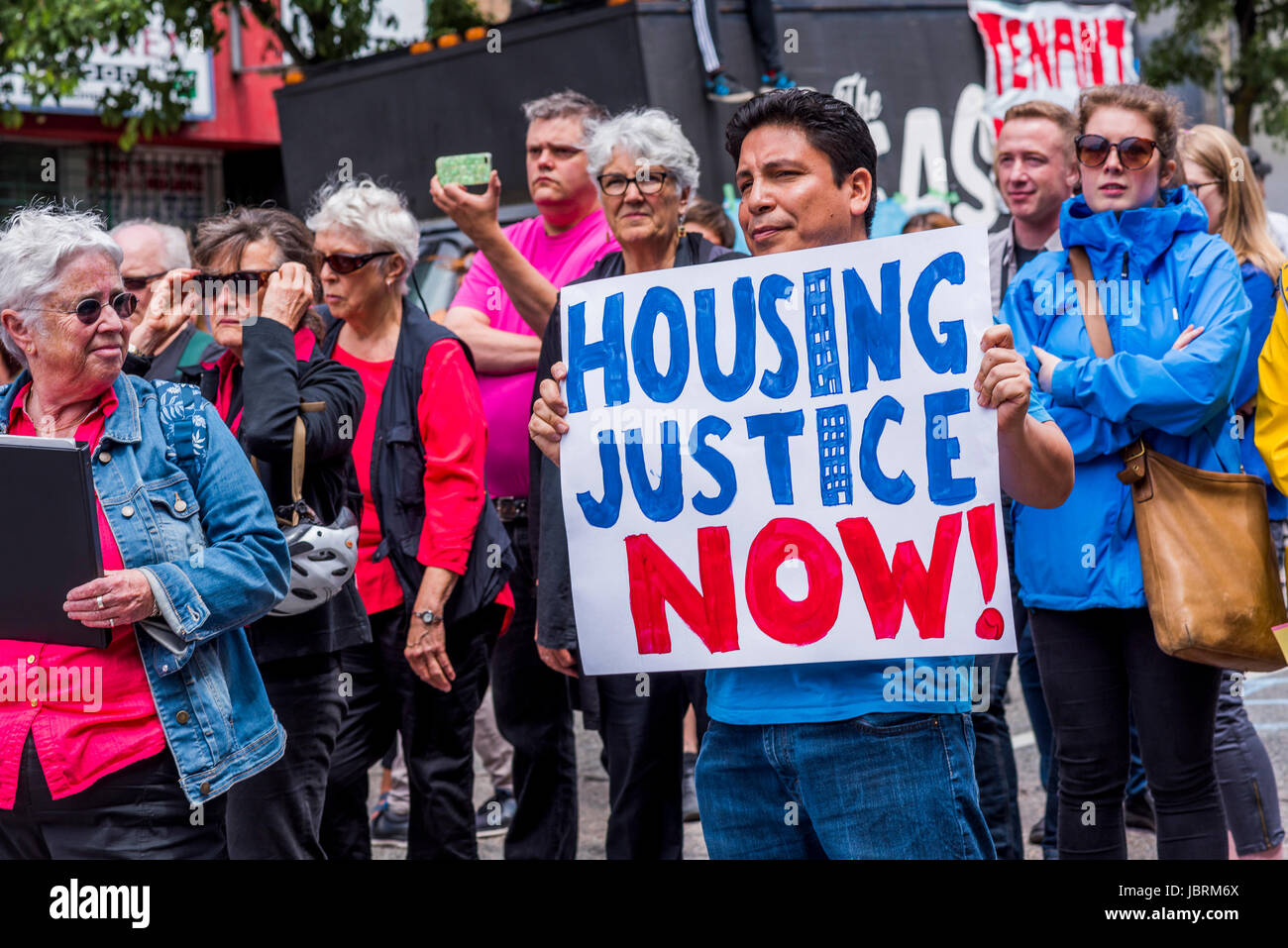 Balmoral Hotel Block Party Rally in support of evicted residents of Downtown Eastside Slum Hotel, Hastings Street, - Stock Image