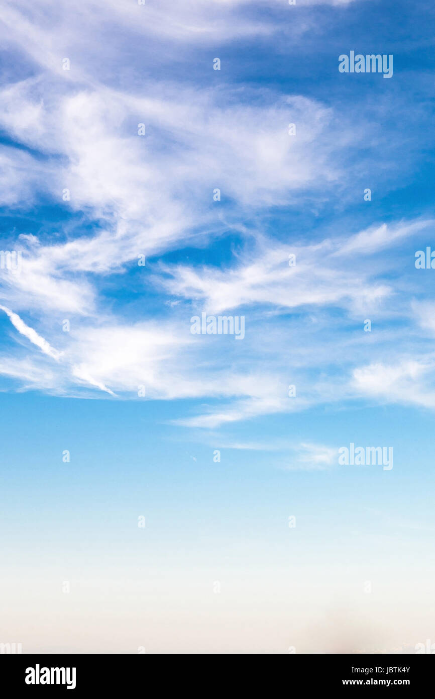 Blue sky with veil clouds, cirri, on the North Sea coast, Blauer Himmel mit Schleierwolken, Federwolken,  an der - Stock Image