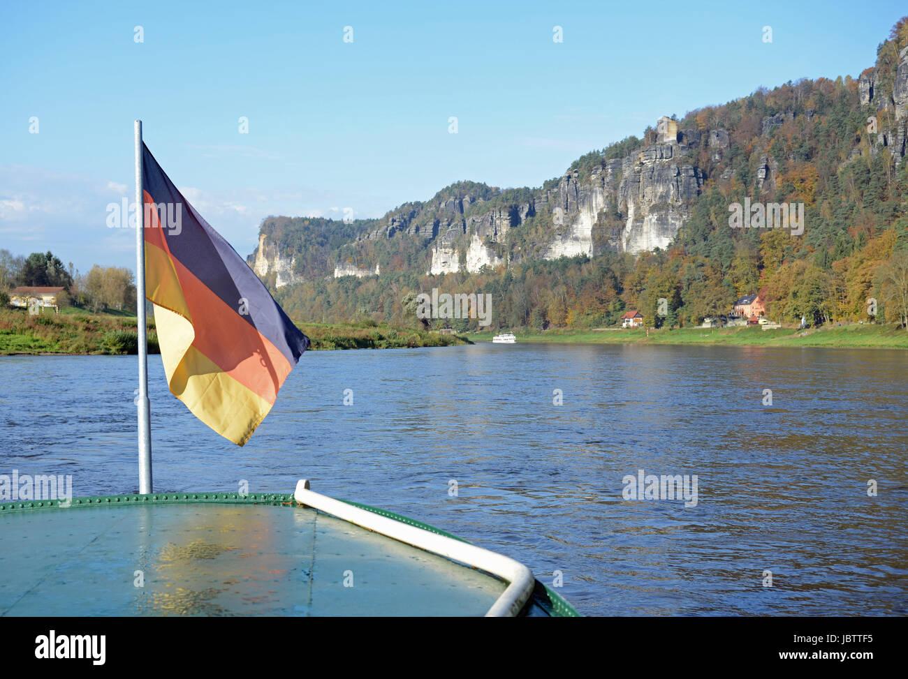 Kurort Rathen, rathen, oberrathen, elbe, elbsandstein, elbsandsteingebirge, sächsische schweiz, sachsen, fluss, - Stock Image