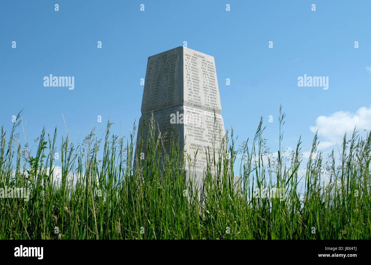 A stone memorial on top of Last Stand Hill to commemorate the 220 soldiers, scouts and civilians who fell at the battle of Little Bighorn, Mt in 1876 Stock Photo