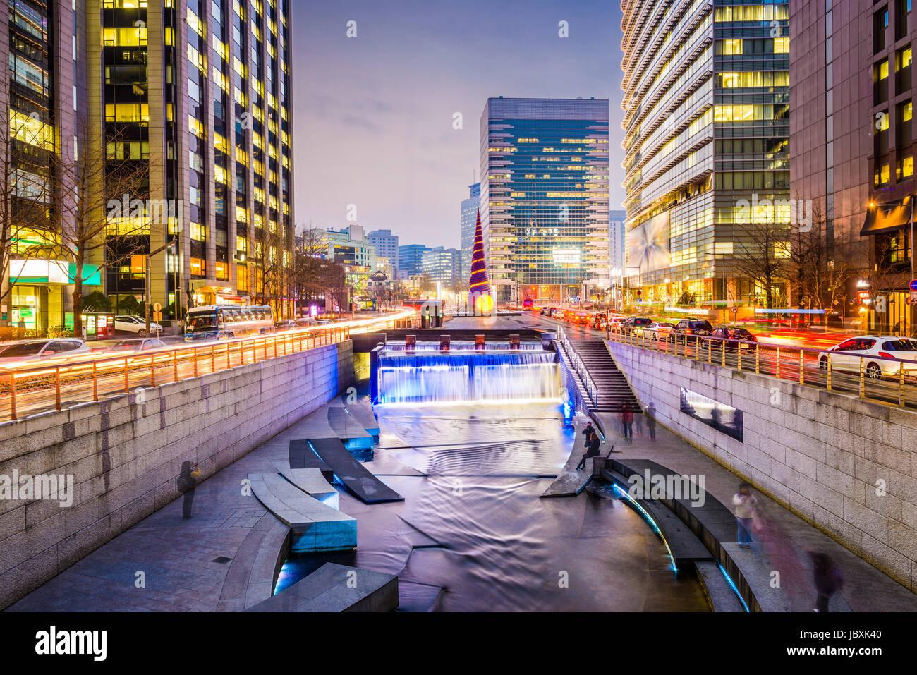 Seoul, South Korea cityscape at Cheonggye Stream. - Stock Image