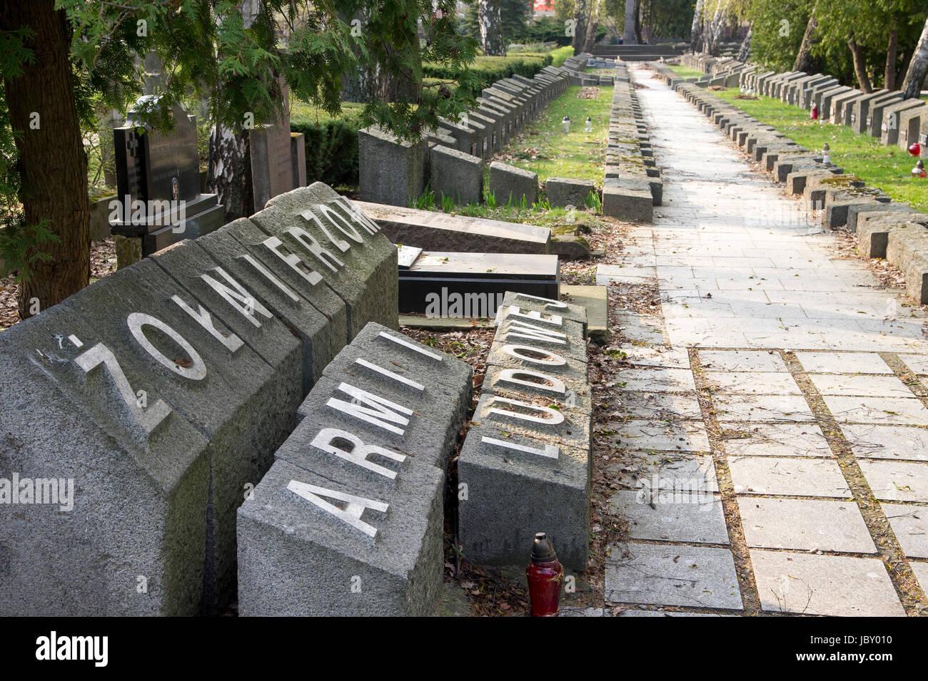 Graves of Armia Ludowa AL (People's Army) soldiers on Powazki Military Cemetery (Cmentarz Wojskowy na Powazkach) - Stock Image