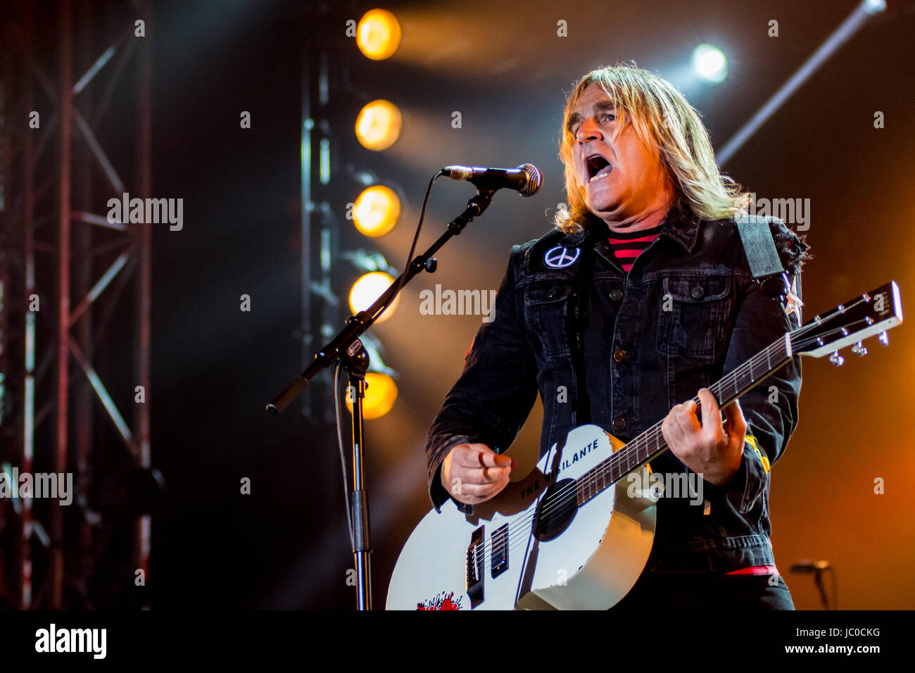 Mike Peters with The Alarm at The Isle of Wight Festival 2017 Stock Photo
