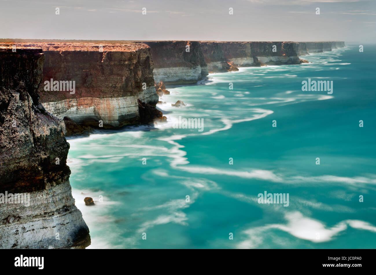 Majestic Bunda Cliffs on the edge of the Great Australian Bight. - Stock Image