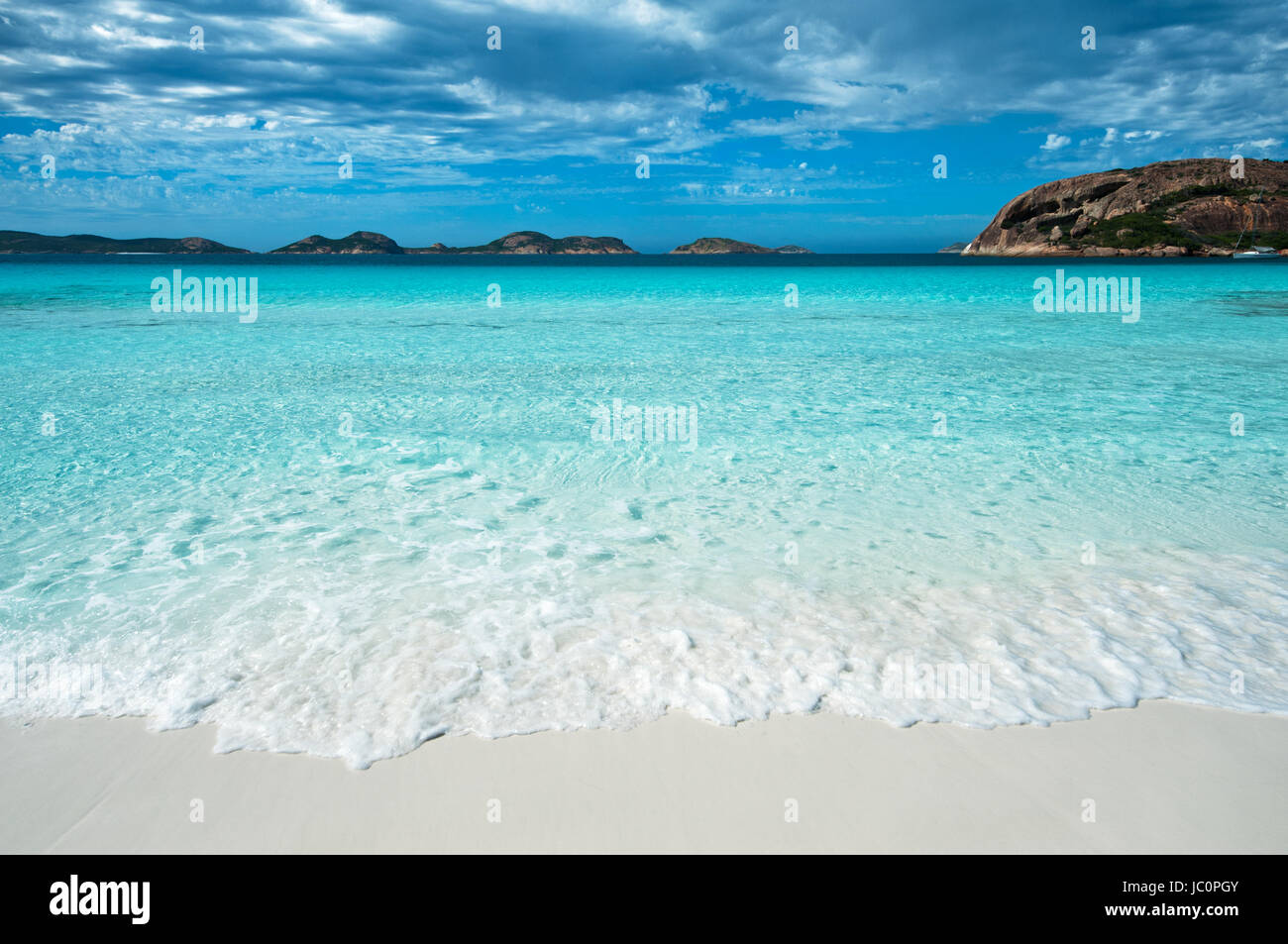 Rolling waves at Lucky Bay in Cape Le Grand National Park. Stock Photo
