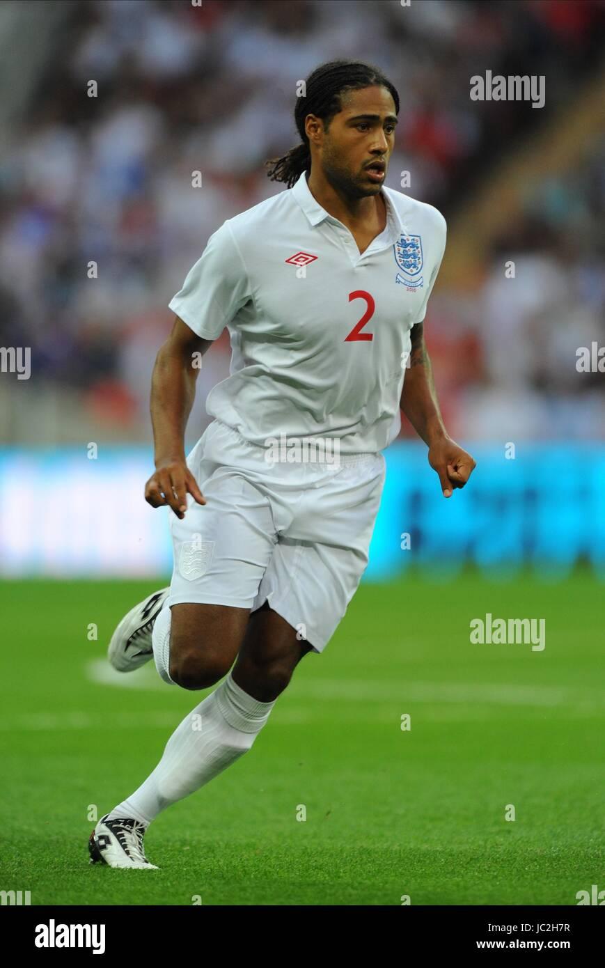 GLEN JOHNSON ENGLAND WEMBLEY STADIUM LONDON ENGLAND 11 August 2010 - Stock Image