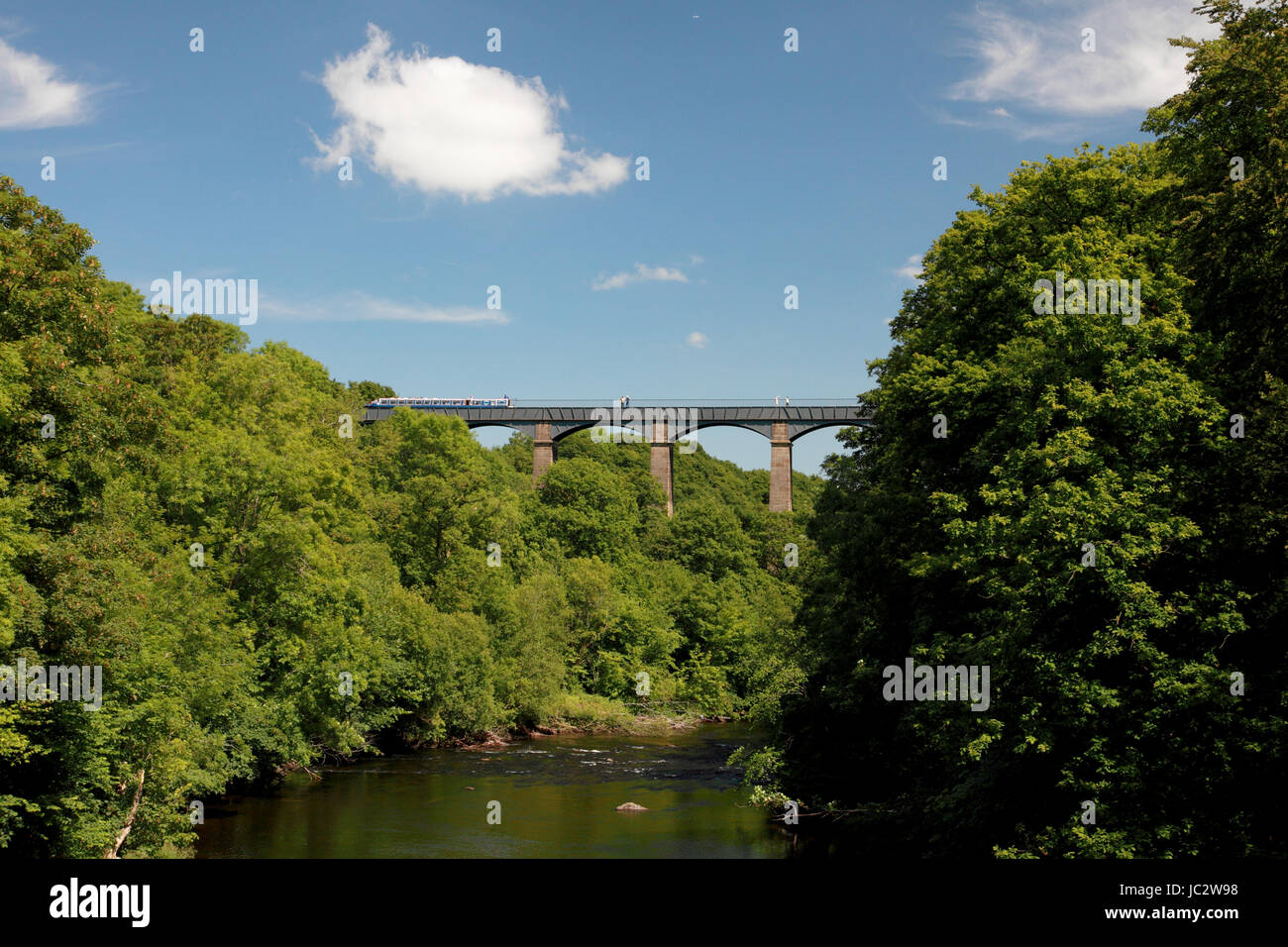 Pontcysyllte Aqueduct which carries the Llangollen Canal over the river Dee in north Wales seen from Froncysyllte Stock Photo