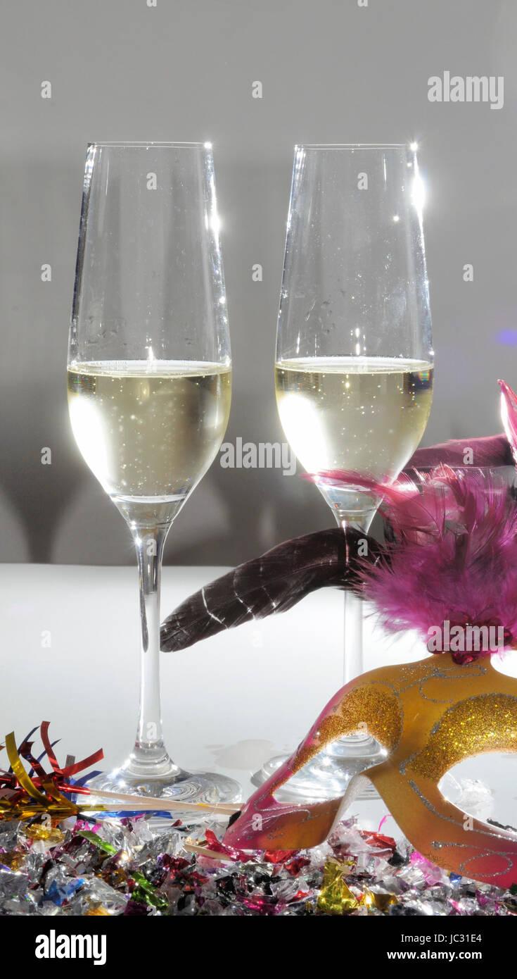 sekt silvester neujahr sektgl ser jubil um champagner feier stock photo 145125852 alamy. Black Bedroom Furniture Sets. Home Design Ideas