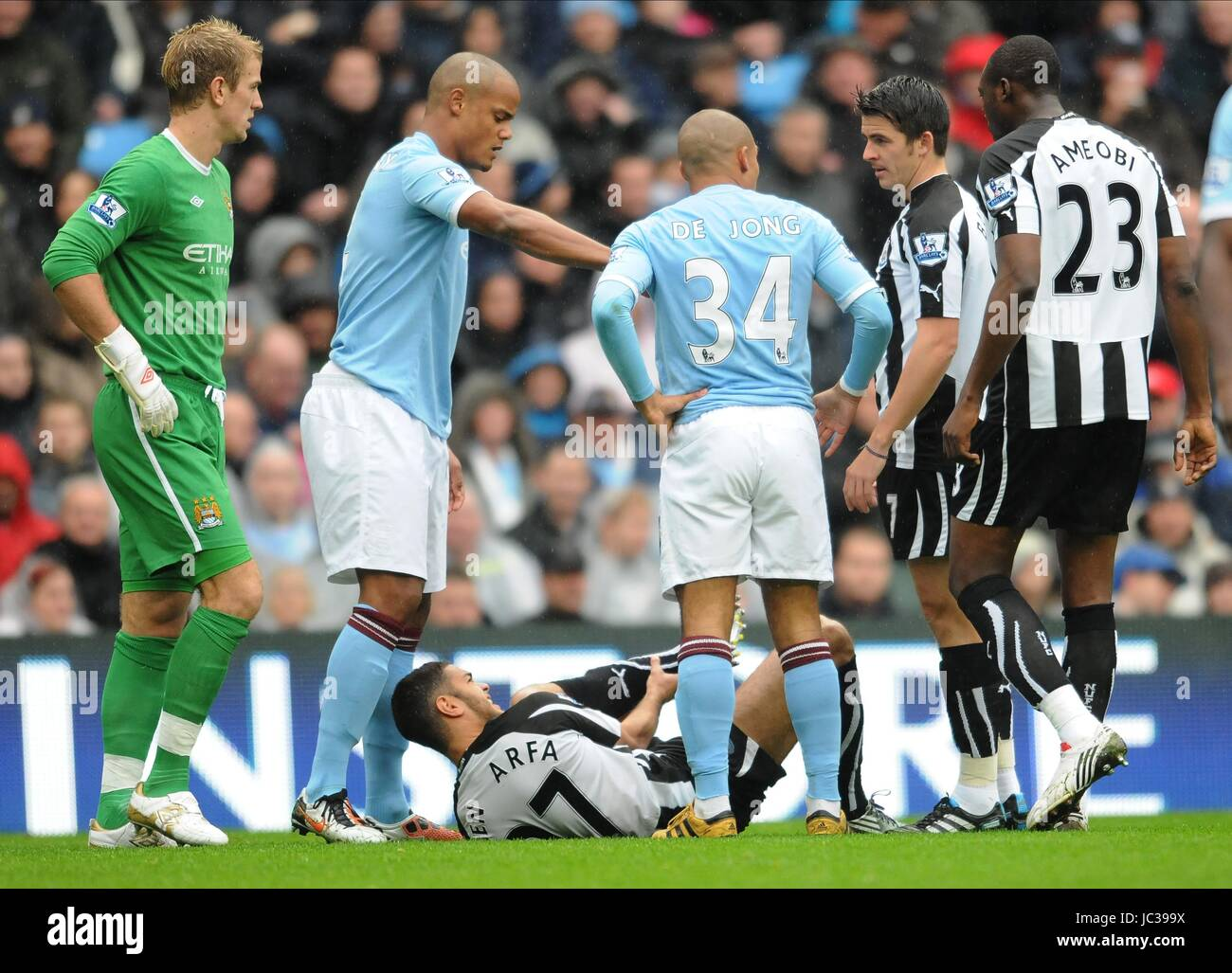 best loved 14308 c3e55 HATEM BEN ARFA BREAKS LEG MANCHESTER CITY V NEWCAS ...