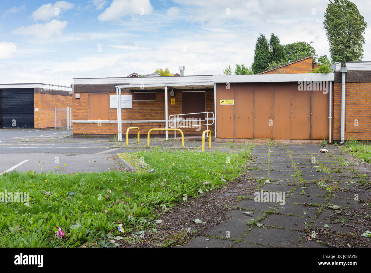 Day centre closed down, Coseley West Midlands Black country - Stock Image