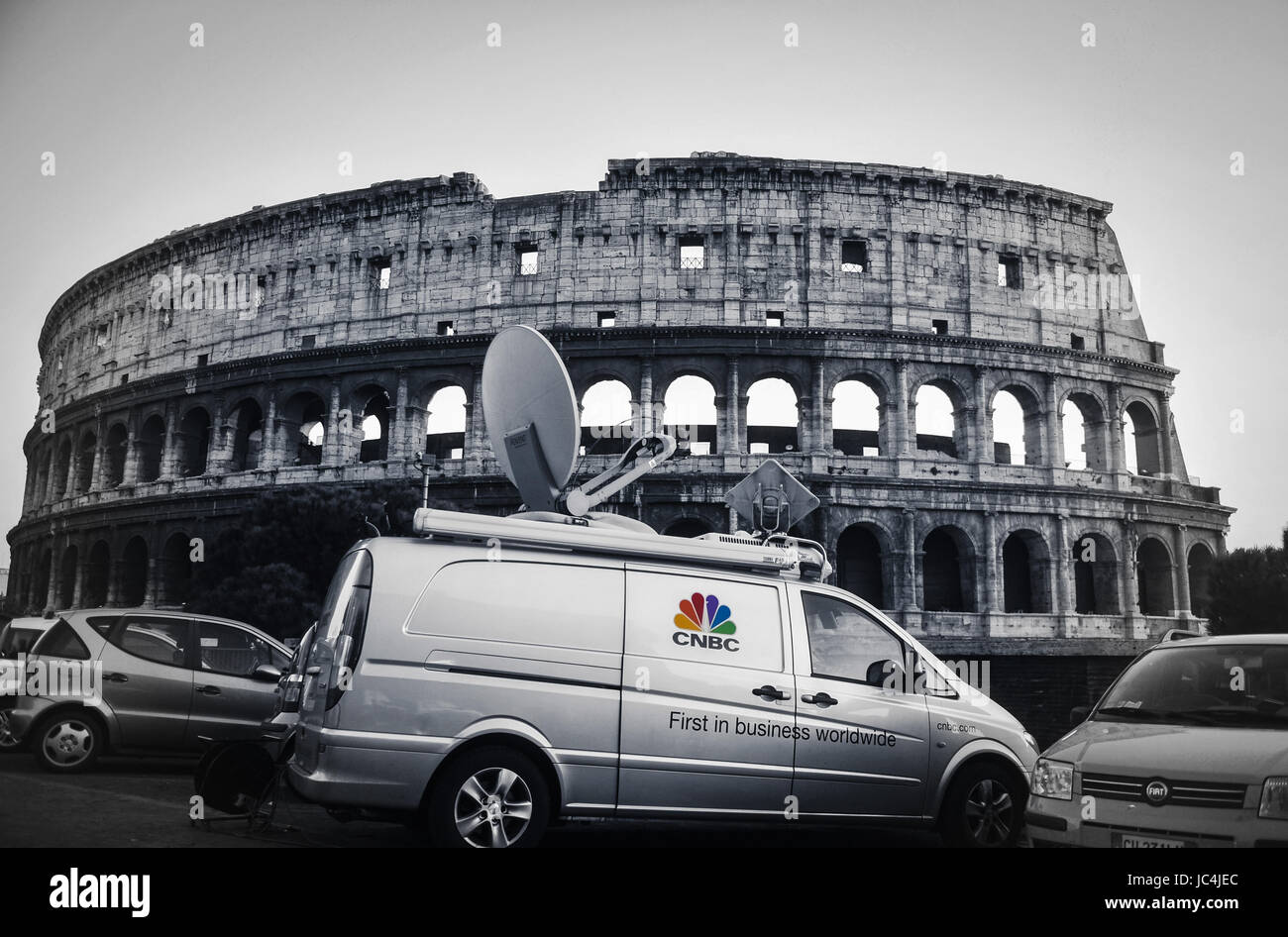 CNBC Van in front of Colosseum in Rome - Stock Image