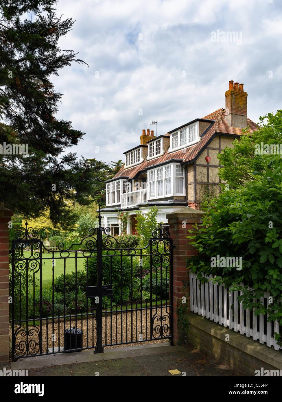 Detached House, Isle of Wight, UK - Stock Image