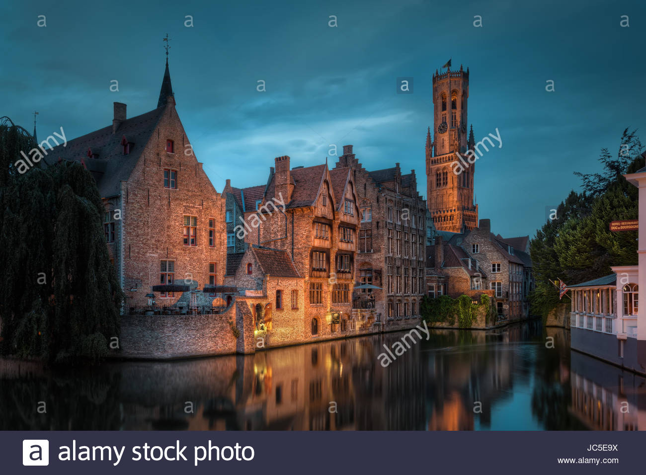 Near Venice Corner in the medieval town Bruges, Belgium, you find this beautiful view. Along with Amsterdam it's - Stock Image