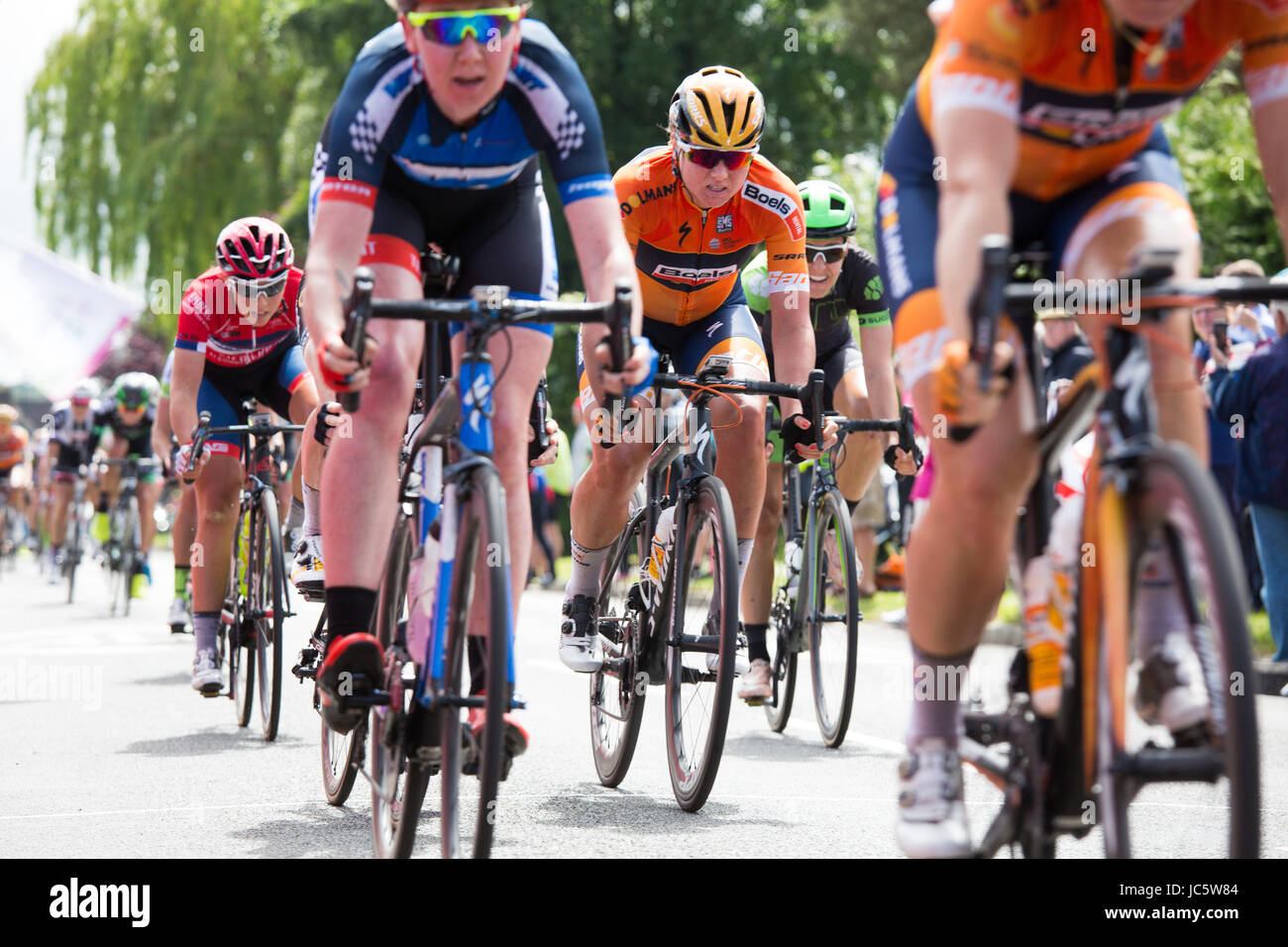 The Women's Tour Wellesbourne The OVO Women's Cycle Tour, stage three, the sprint through Wellesbourne, - Stock Image