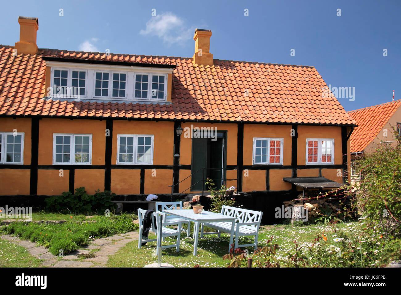 Idyllisches Landhaus in Gudhjem auf Bornholm, Dänemark - Stock Image