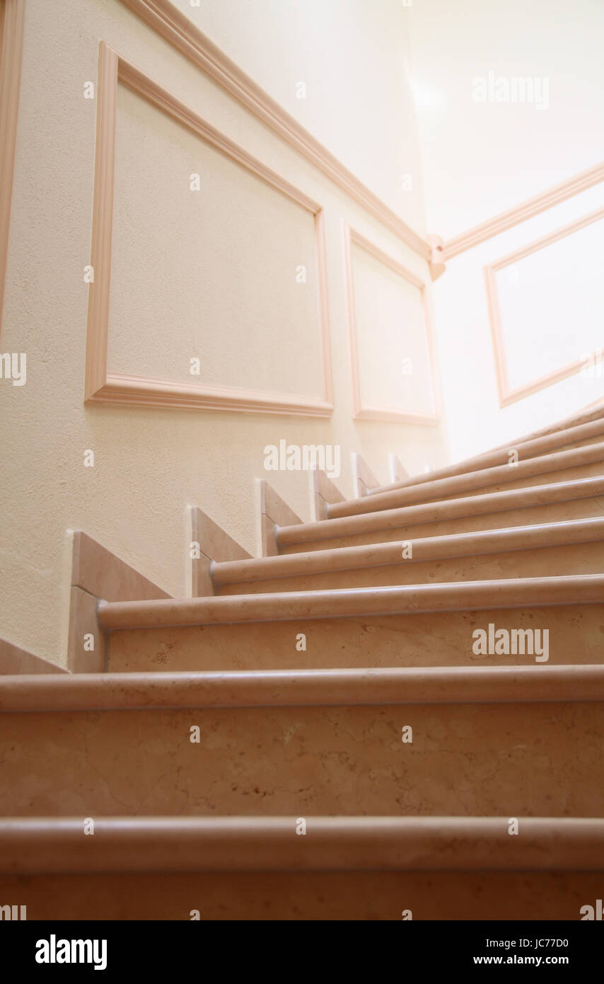 Crown Molding Stock Photos & Crown Molding Stock Images - Page 3 - Alamy