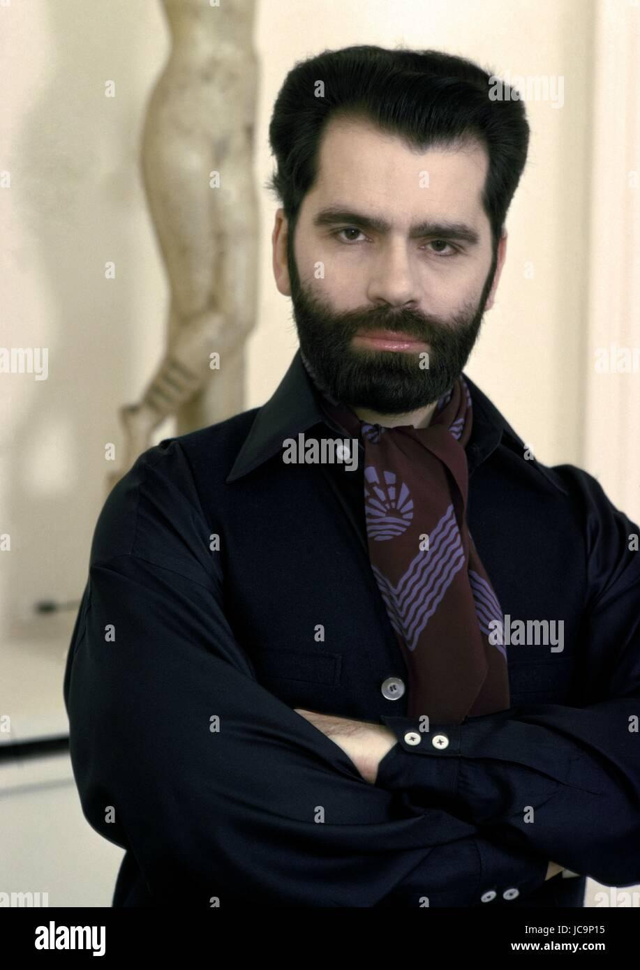 German Fashion Designer Karl Lagerfeld Posing In His Appartment Stock Photo Alamy