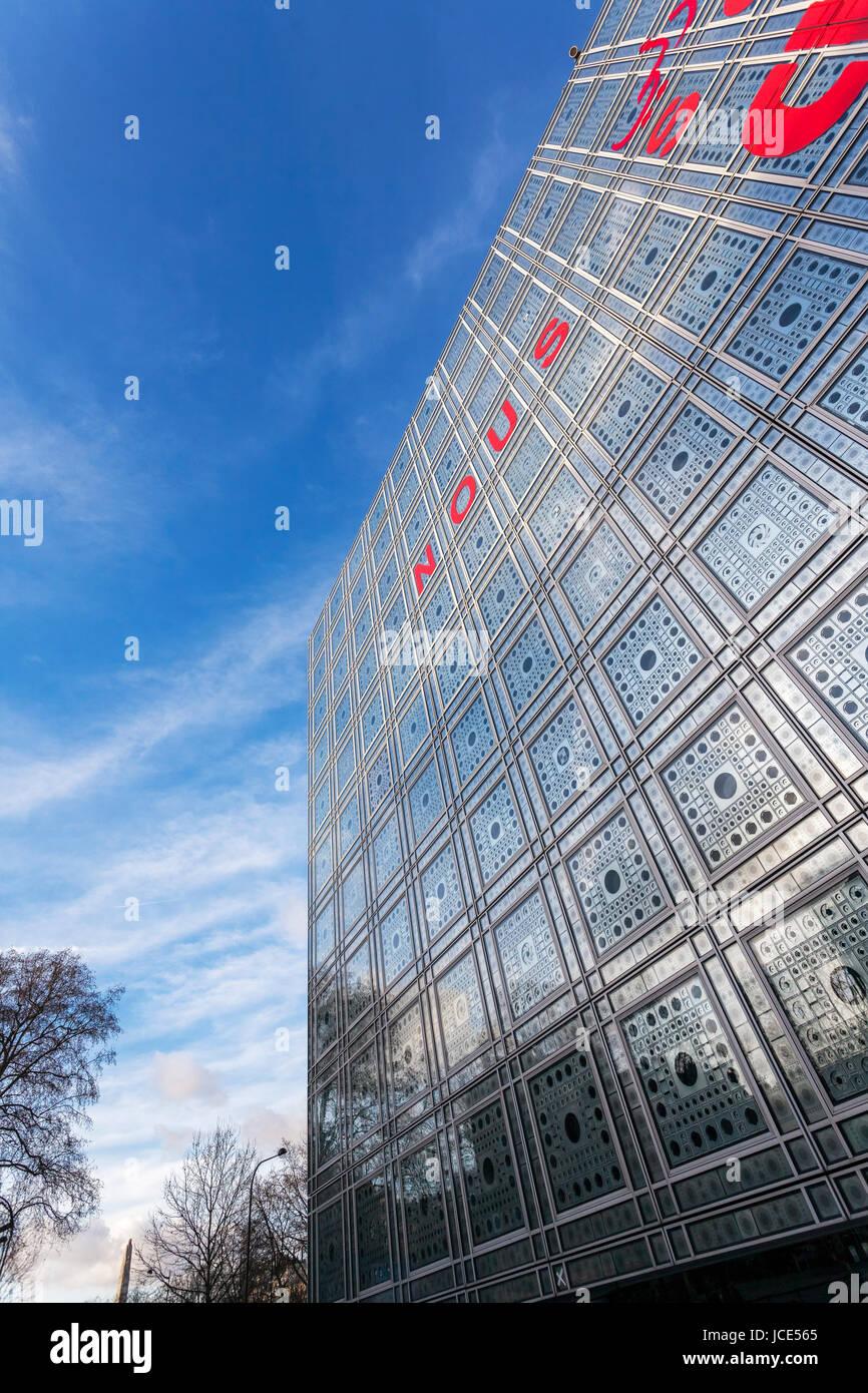 Institut du Monde Arabe, Arab World Institute, Exterior view of light sensitive facade and windows, Architect Jean - Stock Image