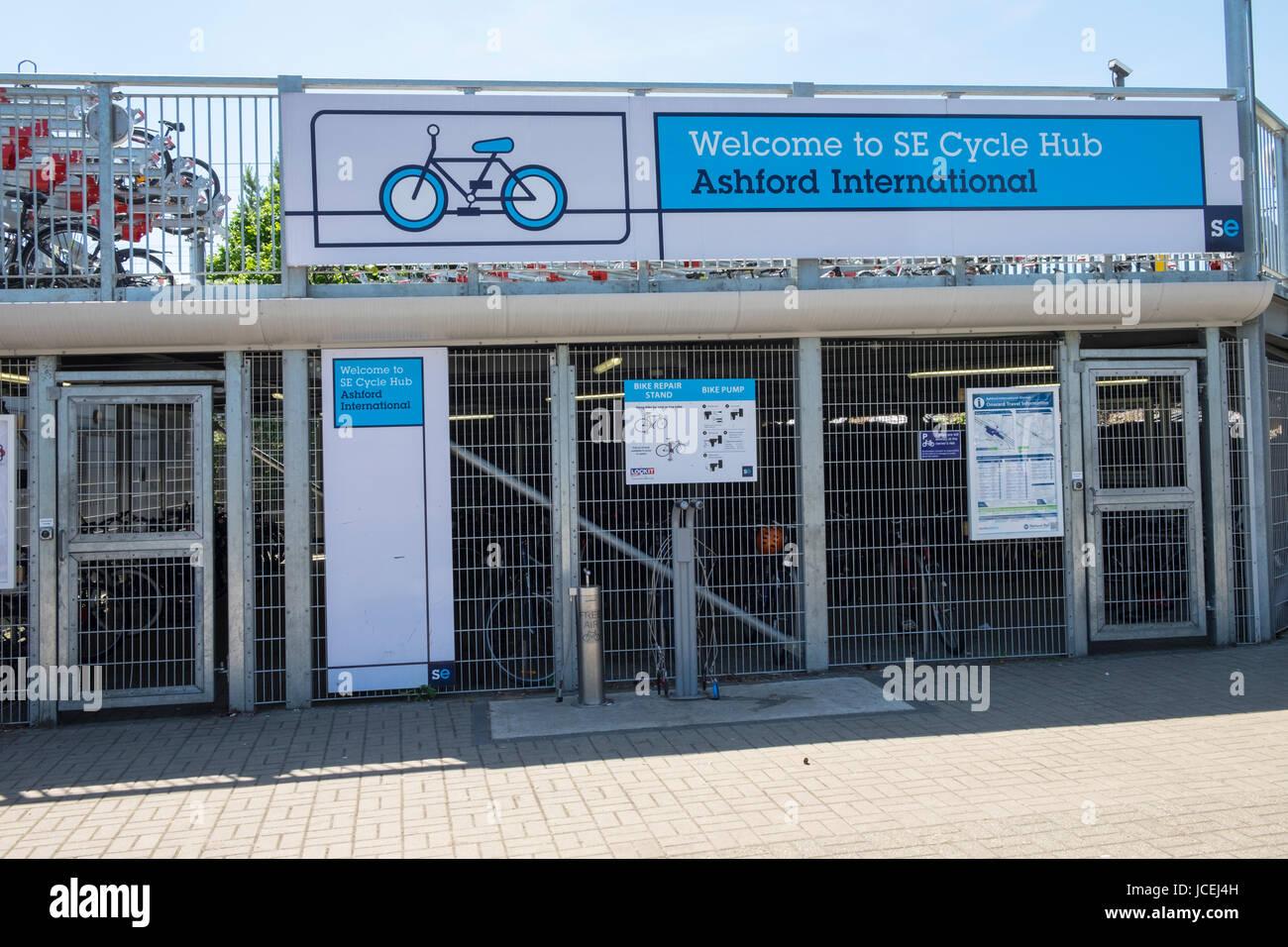 Welcome to SE cycle hub ashford international. uk - Stock Image