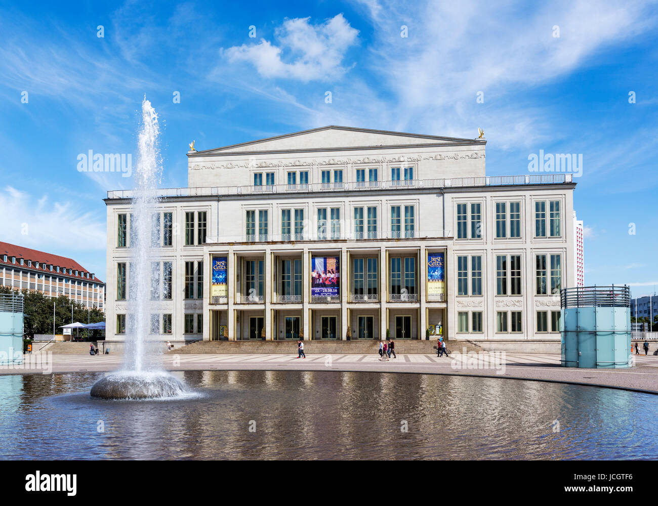 Germany pool outside stock photos germany pool outside stock images alamy - Swimming pool leipzig ...