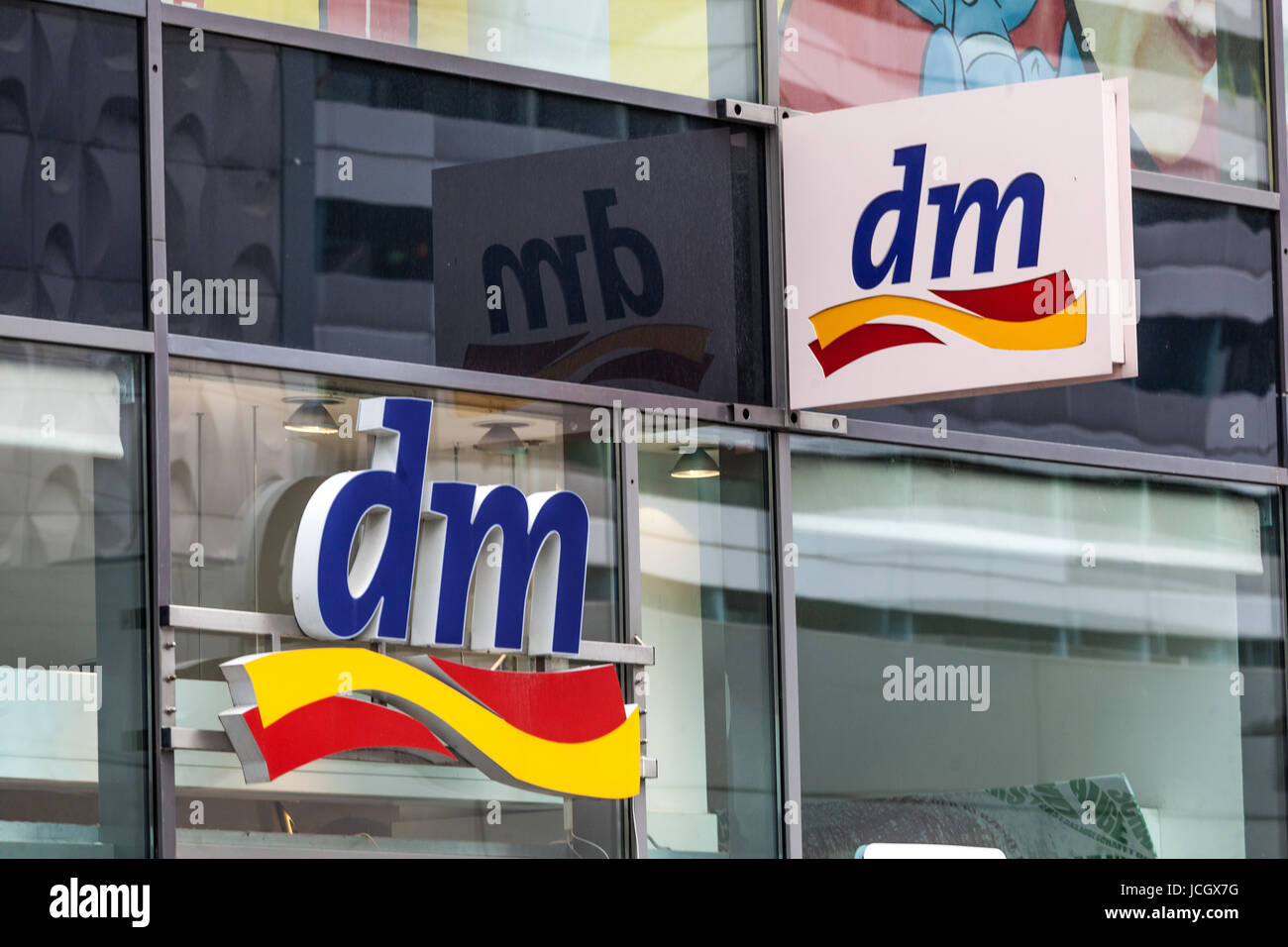 DM logo sign - Stock Image