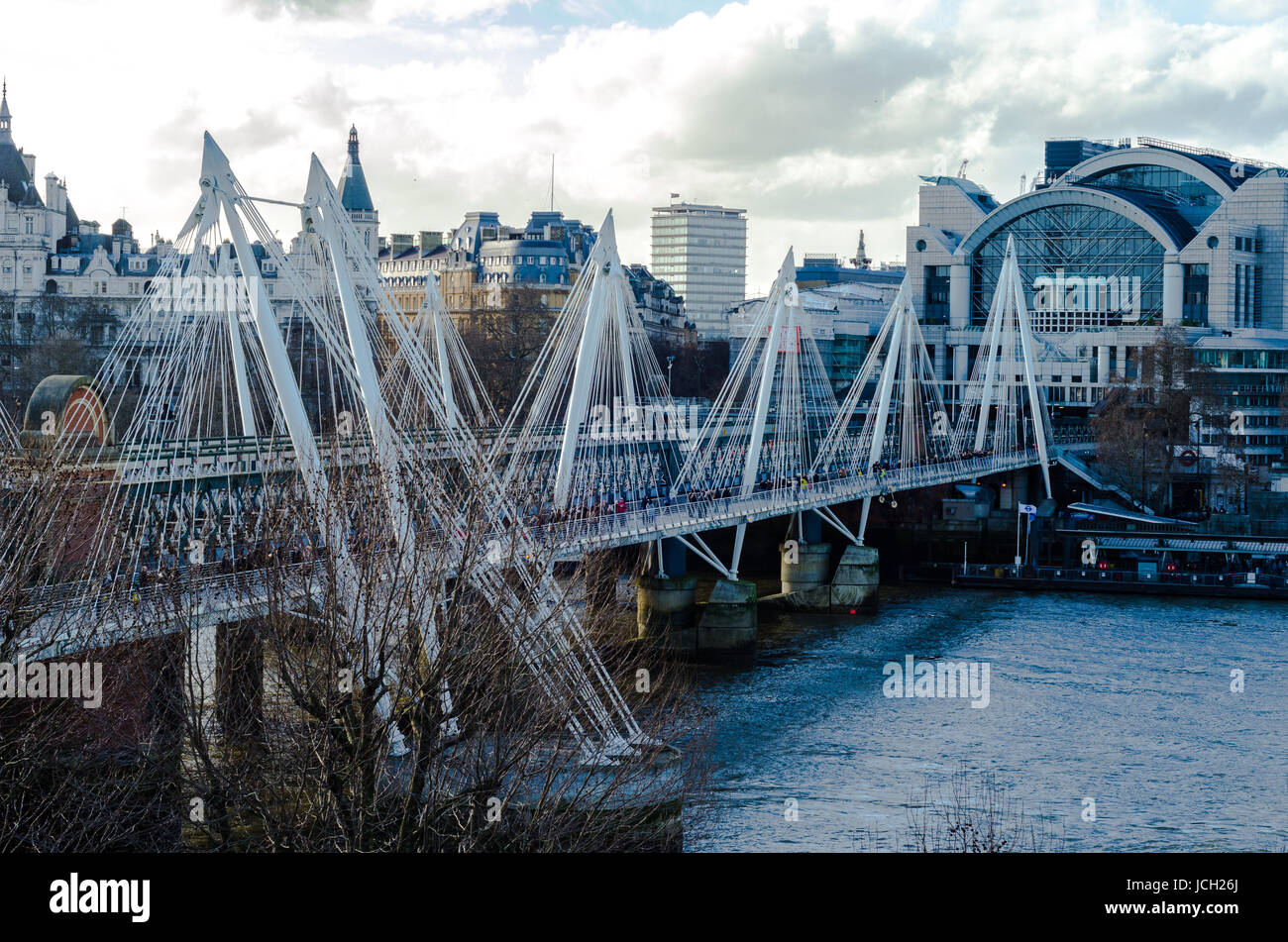 Hungerford and Golden Jubilee Bridges on the River Thames, London Stock Photo