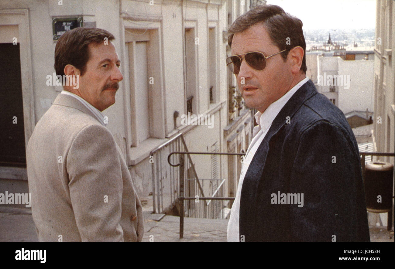 Un Dimanche de Flic  A Cops' Sunday Year: 1983 France / West Germany Victor Lanoux, Jean Rochefort  Director: - Stock Image