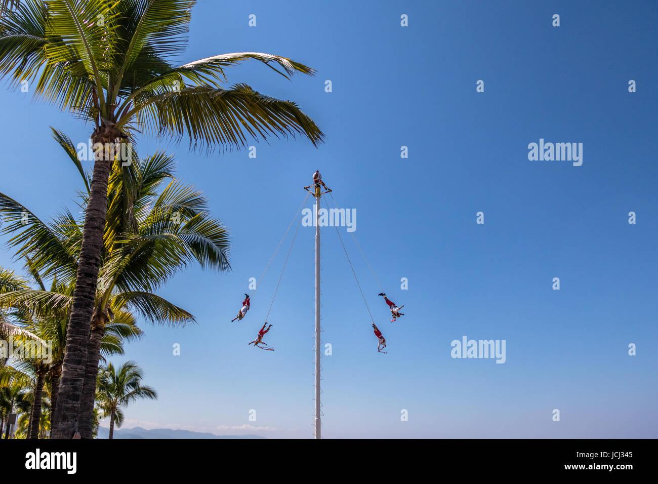Dance of the Papantla Flyers (Voladores de Papantla) - Puerto Vallarta, Jalisco, Mexico - Stock Image