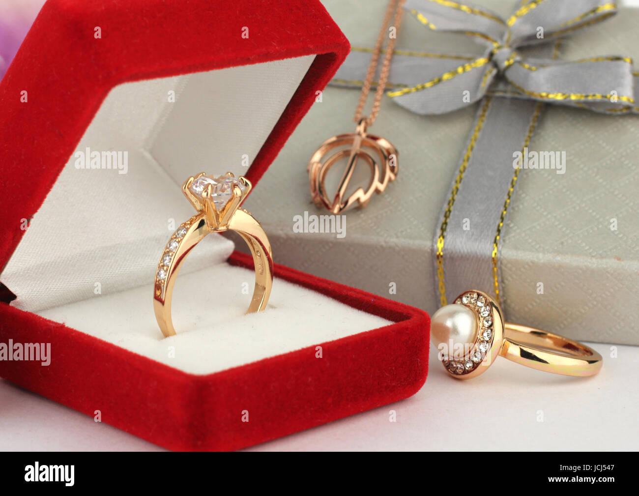 jewelery rings with gift box - Stock Image