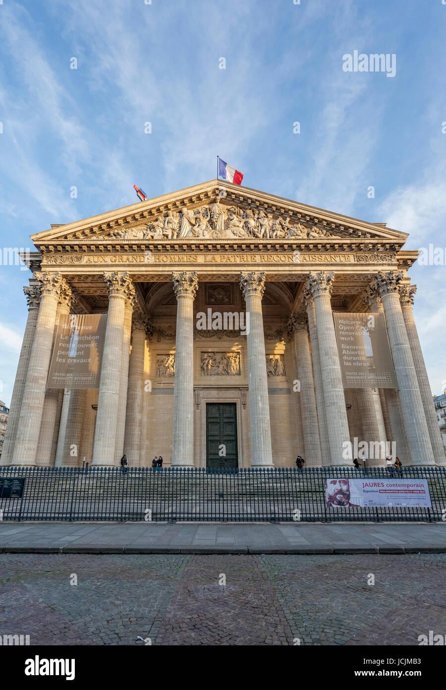 Pantheon, Rue Soufflot, Sorbonne, 5th Arrondissement, Latin Quarter, Paris, France,, Europe - Stock Image