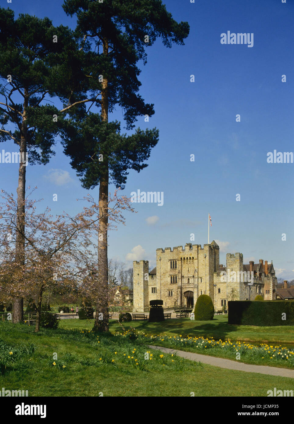 Springtime at Hever Castle and gardens. Kent. England. UK - Stock Image